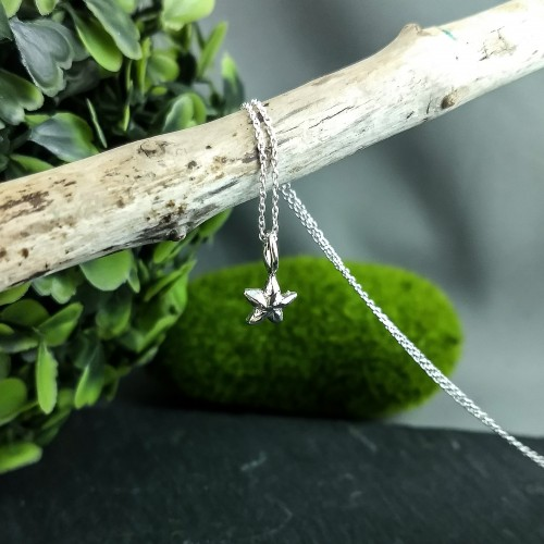 Mini Starfish pendant