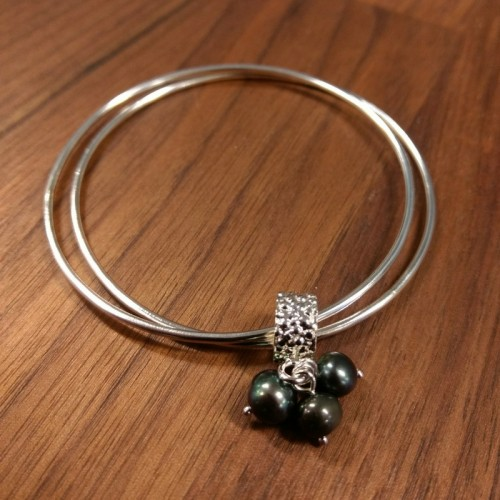 Stingray Black Pearl Bracelet