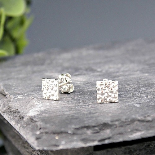 Stingray Square studs